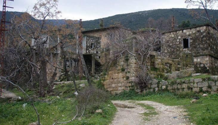 قرية لبنانية هجرها أهلها بالكامل ولم يبقى أي أحد منهم والسـ.ـبب لايصـ.ـدق! (فيديو)