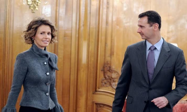 أسماء الأسد تظهر بفستان قديم تمتلكه منذ 14 عاماً وتثير الجدل به (صور + فيديو)