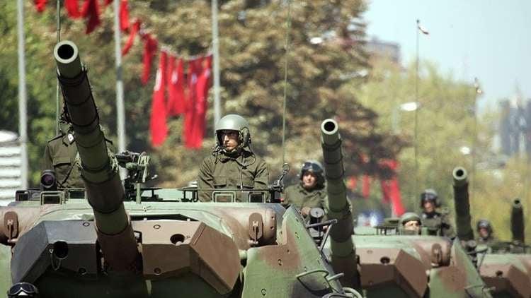 الجيش التركي يصبح هدفا لقوى داخل سوريا.. وفصيل معارض يرجـ.ـم القرداحة