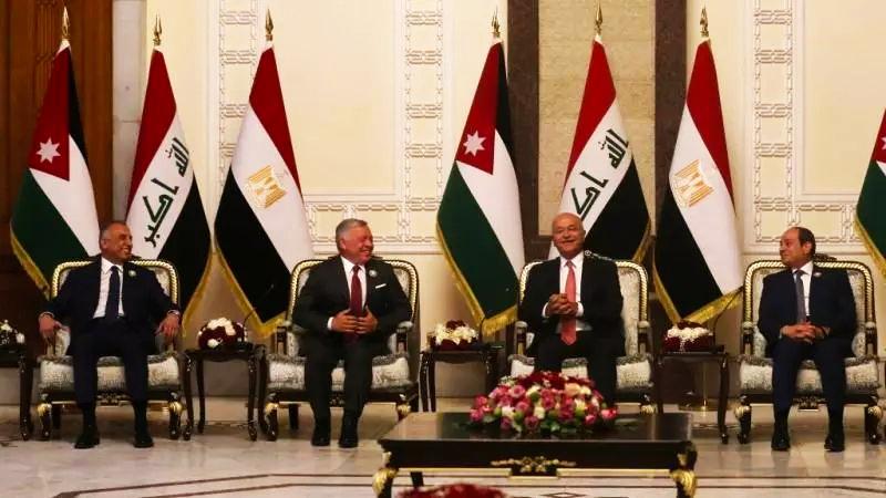 تململ القادة العرب من الوضع السوري اجتمعوا أخيرا ووضعوا الحل على الطاولة والسوريون على الموعد المنتظر
