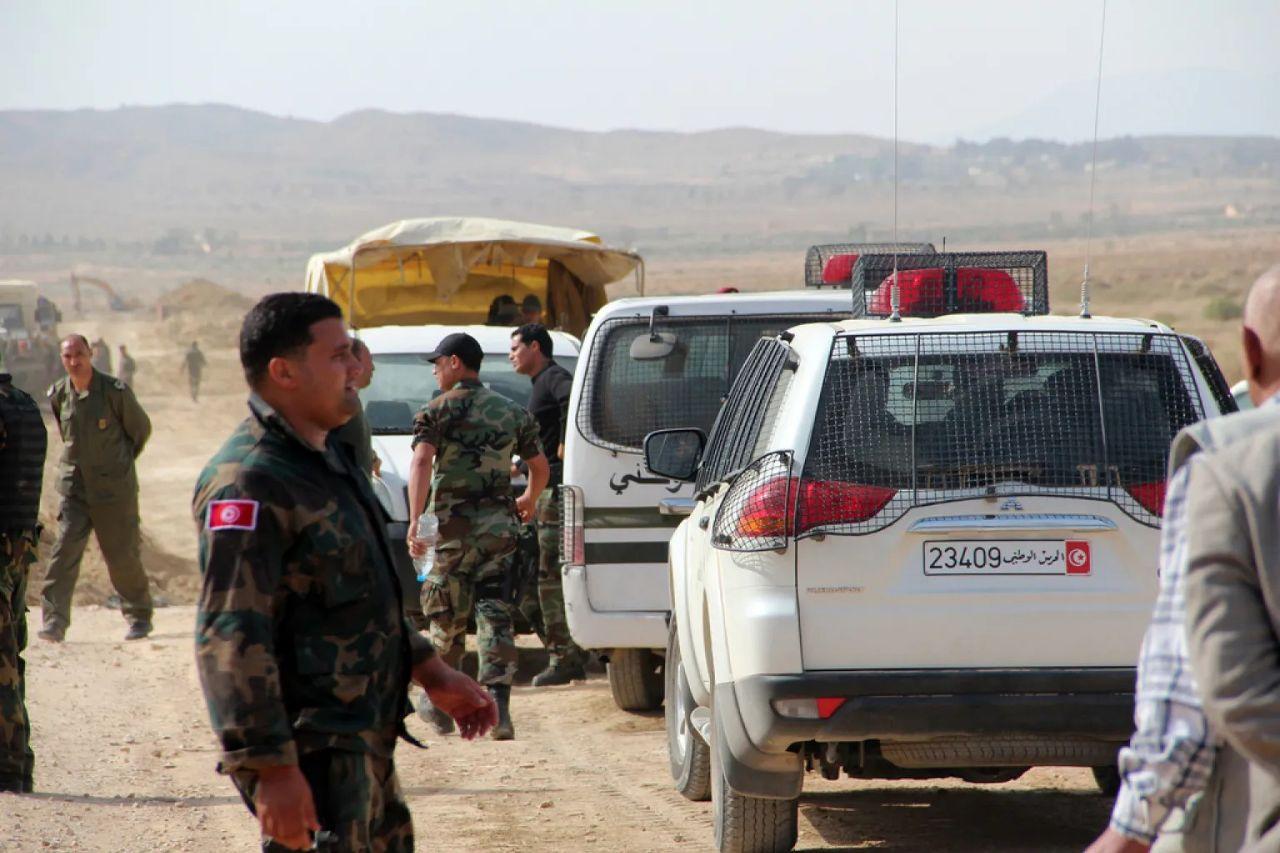 الوحدات التونسية الخاصة تتحرك ضد مجموعة من الشباب السوريين بعد تصرفاتهم الأخيرة