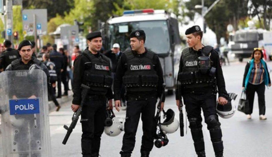 تركيا تخصص فرقة عسـ.ـكرية ضخـ.ـمة لحمـ.ـاية ومراقبة السوريين في عدة منـ.ـاطق ومدن كبرى