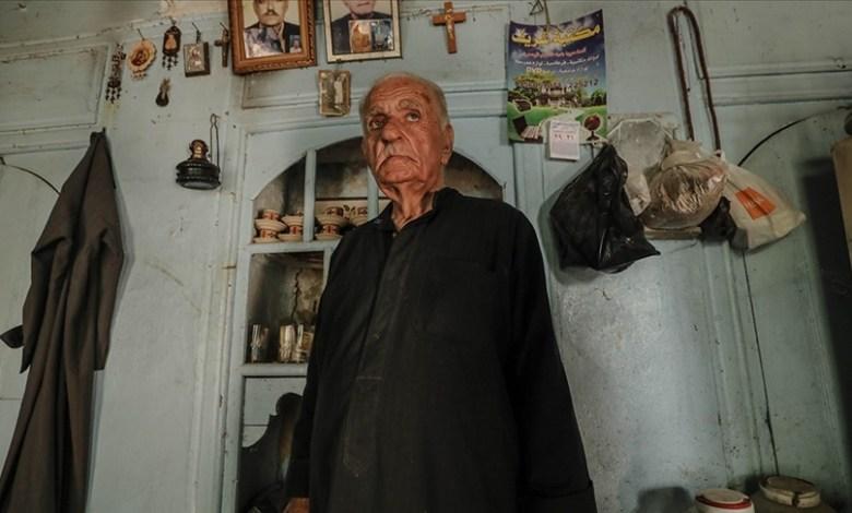 وكالة تركية تكـ.ـشف عن الرجل المسيحي الأخـ.ـير في مدينة إدلب بعد سيطـ.ـرة المعـ.ـارضة السورية عليها