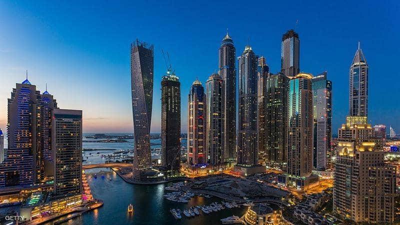 دولة الإمارات ترغب السوريين بالقدوم إليها وفق تسهيلات رسمية لمن يريد السفر إليها
