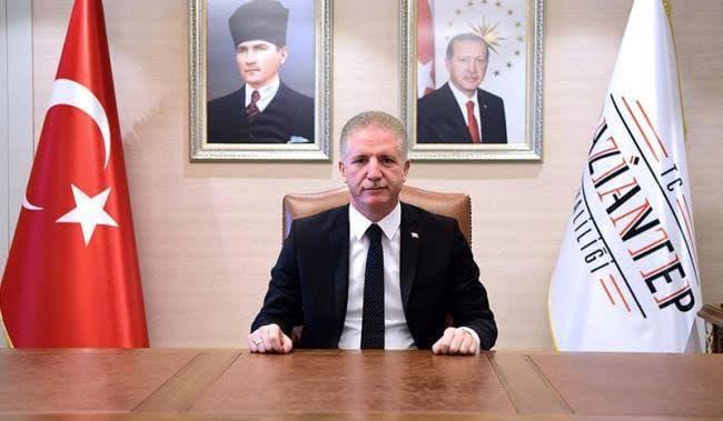 مسؤول تركي يجتمع بالسوريين ويخبرهم عن جديد القرارات بحقهم ومصـ.ـير بقائهم في البلاد
